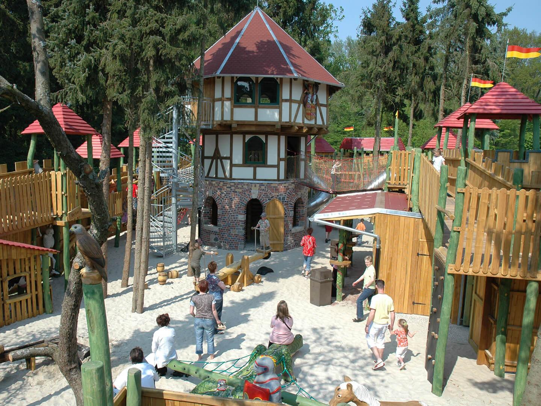 Spielplatz_Burg Drago